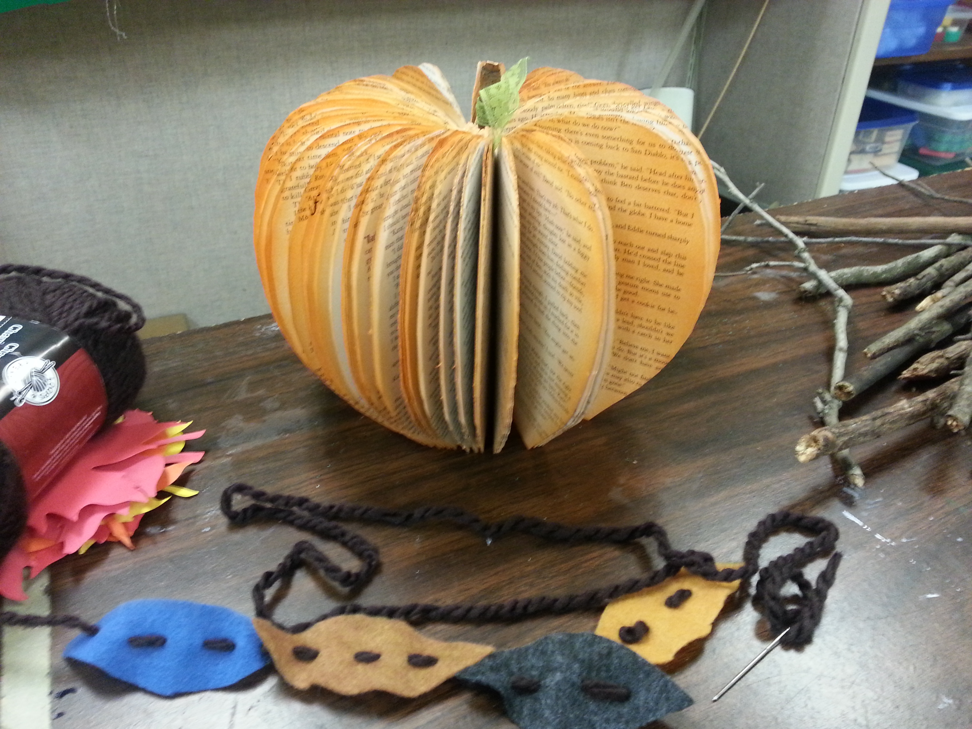vla youth services forum festive fall family crafts
